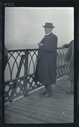 John Gill on the Morrison Bridge