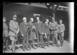 Members of Belgian mission and reception committee at North Bank station, Portland
