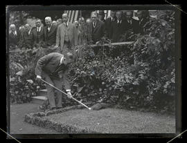 Vice President Calvin Coolidge breaking ground for Roosevelt statue, Portland